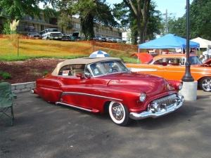 תמונות של מכוניות - מכונית אדומה